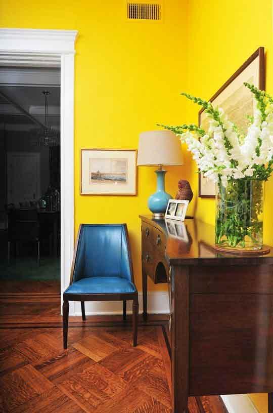 زیبایی رنگ های به کار رفته در این اتاق نشیمن