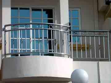نصب نرده و حفاظ, نصب نرده حفاظ پنجره