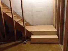 پله انباری, راه پله انباری