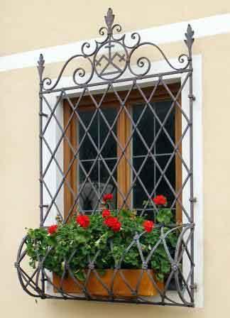 مزایا-و-معایب-حفاظ-پنجره