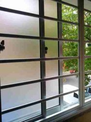 نصب حفاظ پنجره استیل