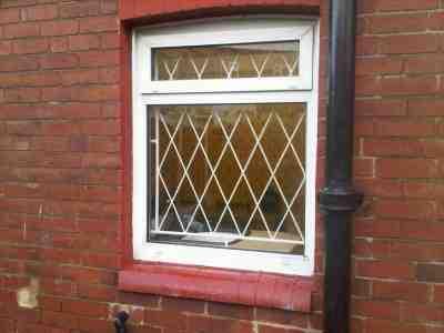پنجره ضد سرقت