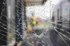 تعویض-شیشه-پنجره-دوجداره
